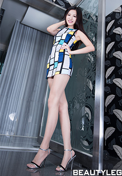 [Beautyleg]丝袜美女高跟鞋图片集Vicni No.1061套图